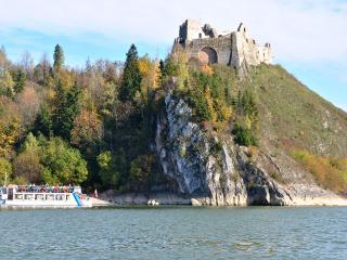 Zwiedzanie zamków w Pieninach - Zamek Czorsztyński