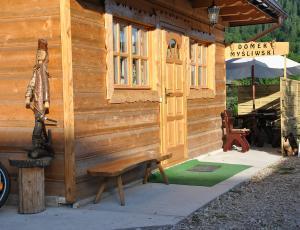 Góralski domek w Pieninach - wejście