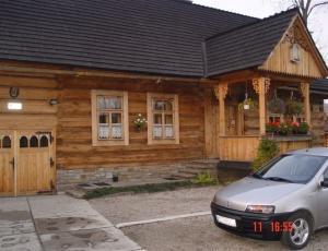 Domek przy ulicy Kościeliskiej w Zakopanem