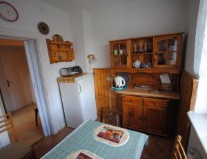 Aneks kuchenny dla studia centrum Zakopanego