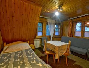 duży pokój w pensjonacie na Bukowinie