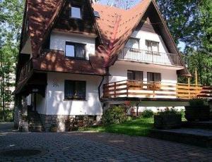 Noclegi w centrum Zakopanego przy ul. Sienkiewicza