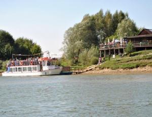Rekreacja wodna Zalew Czorsztyński rejs statkiem
