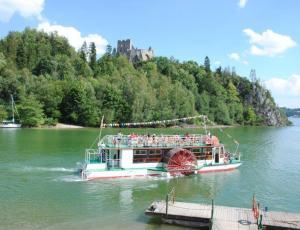 Statek wycieczkowy Jezioro Czorsztyńskie