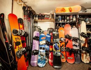 Deski snowboardowe do nauki jazdy Zakopane Sienkiewicza 24 C