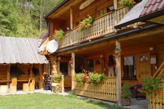 Góralski domek w Pieninach Pod pstrągiem