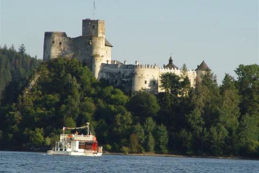 Zwiedzanie zamków w Pieninach - Zamek w Niedzicy